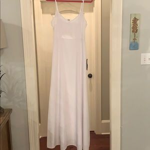 White maxi dress perfect for brides! Never worn!